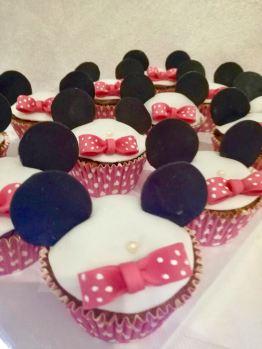 Cupcakes Minnie - cake art